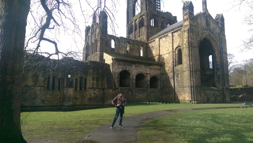 visiting Kirkstall Abbey ruins on a wet Spring Day in April. beautiful and historical fun for all ages at this free day out in Leeds, Yorkshire. Read the full review by Helen's Journey Blog